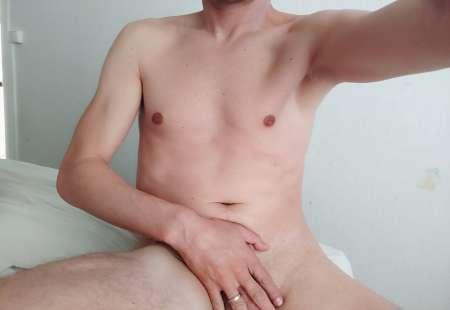 Propose petits travaux contre massage