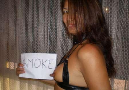 japonaise posant nue pour photographe